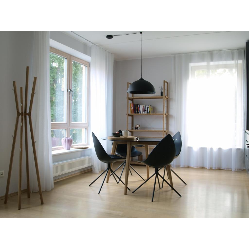 b cherregal aus massivholz hiis design. Black Bedroom Furniture Sets. Home Design Ideas
