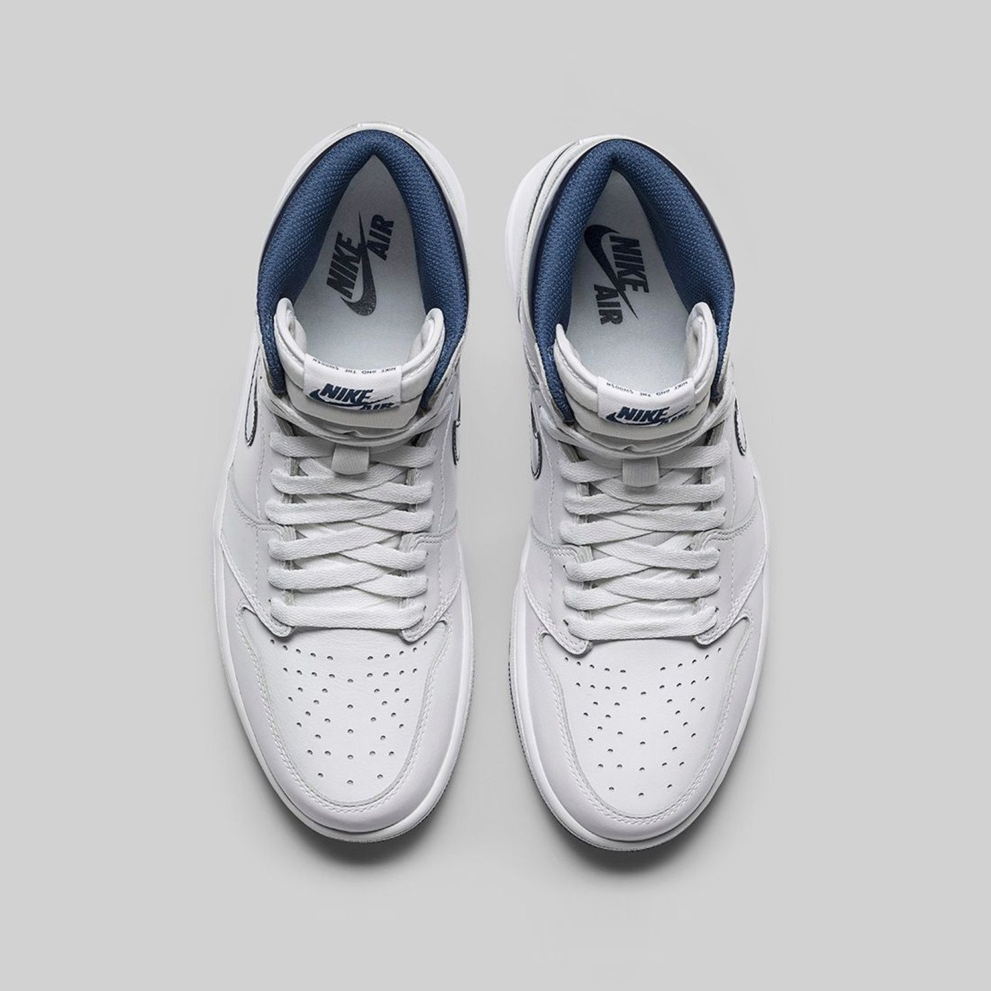 Jordan Air Jordan 1 Retro High OG 'Metallic Navy' White / Midnight Navy 555088-106-44