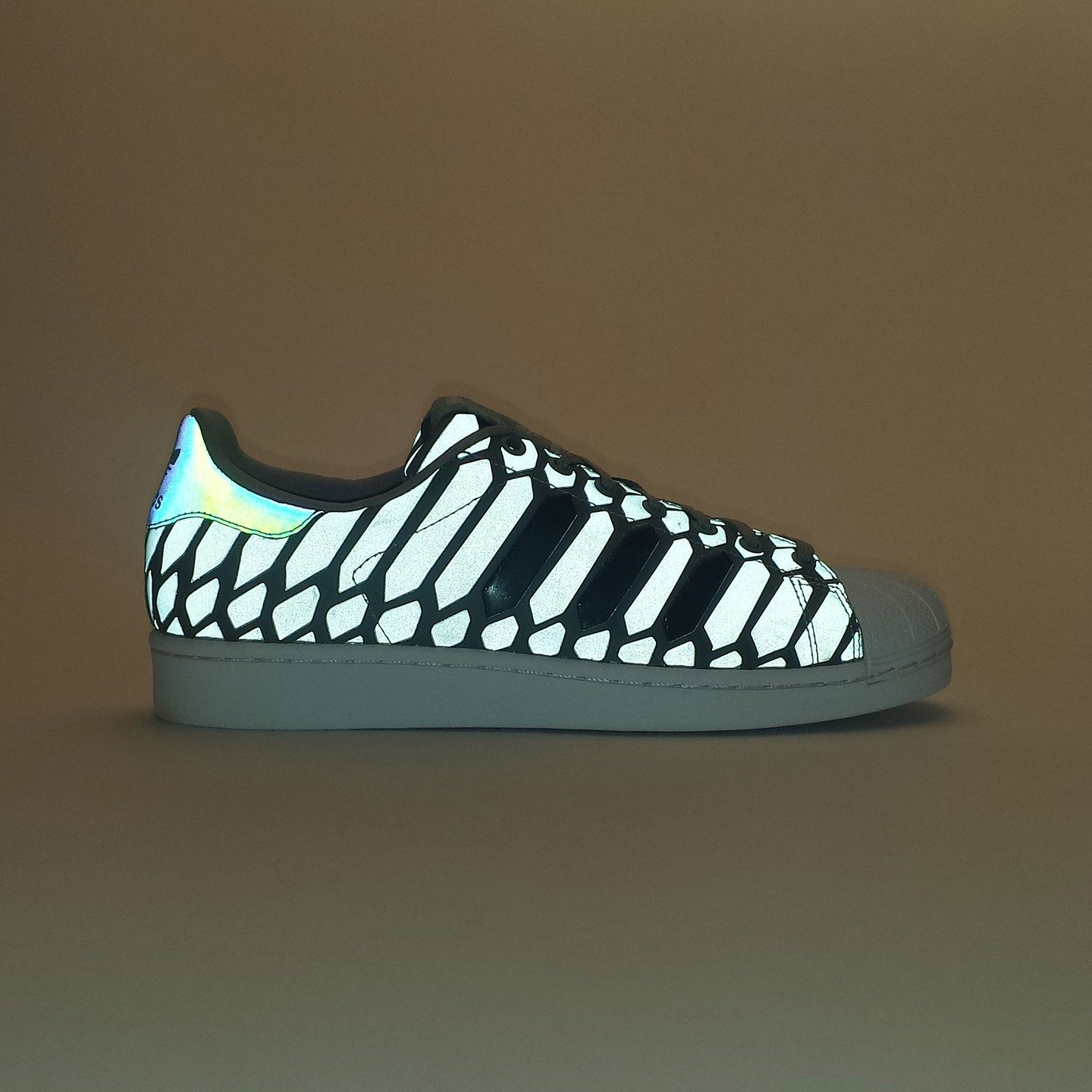 Adidas Superstar Xeno Pack Ltonix / Supcol / Ftwwht D69367-41.33