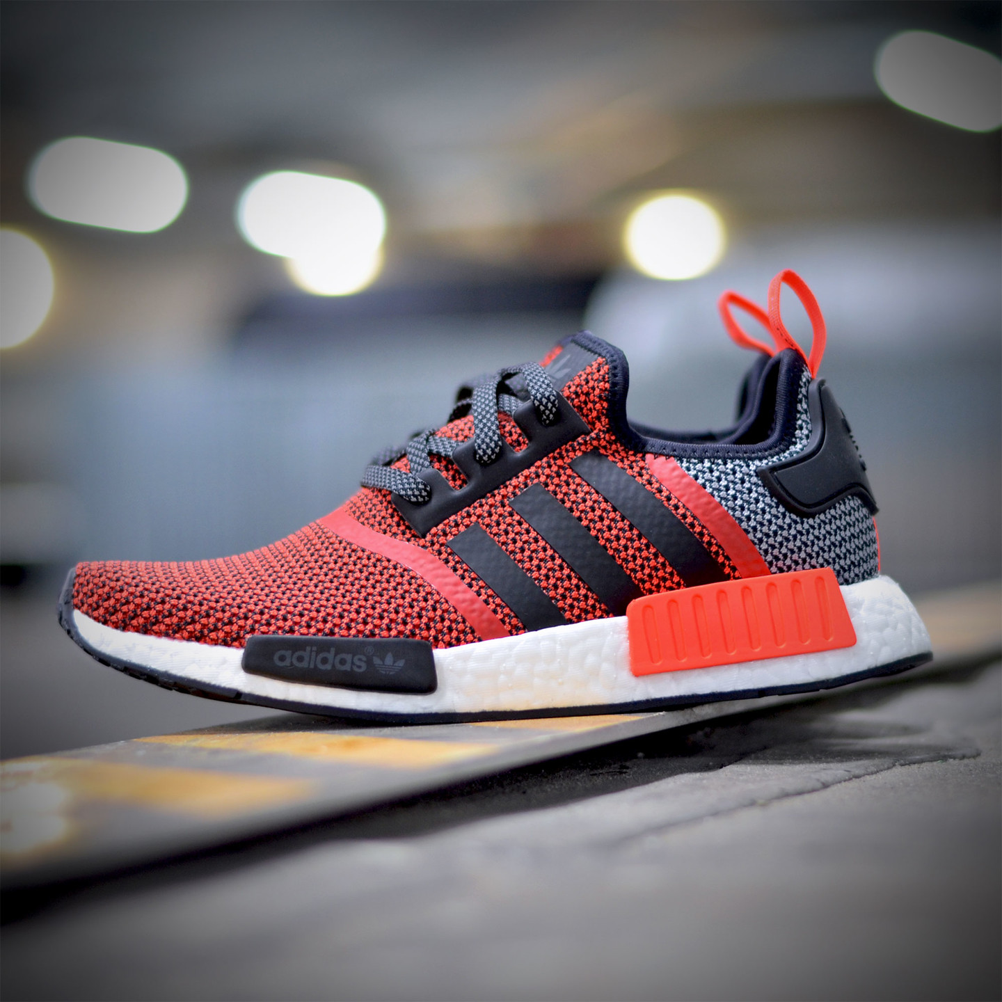 Adidas NMD R1 Runner Lush Red / Core Black S79158-39.33