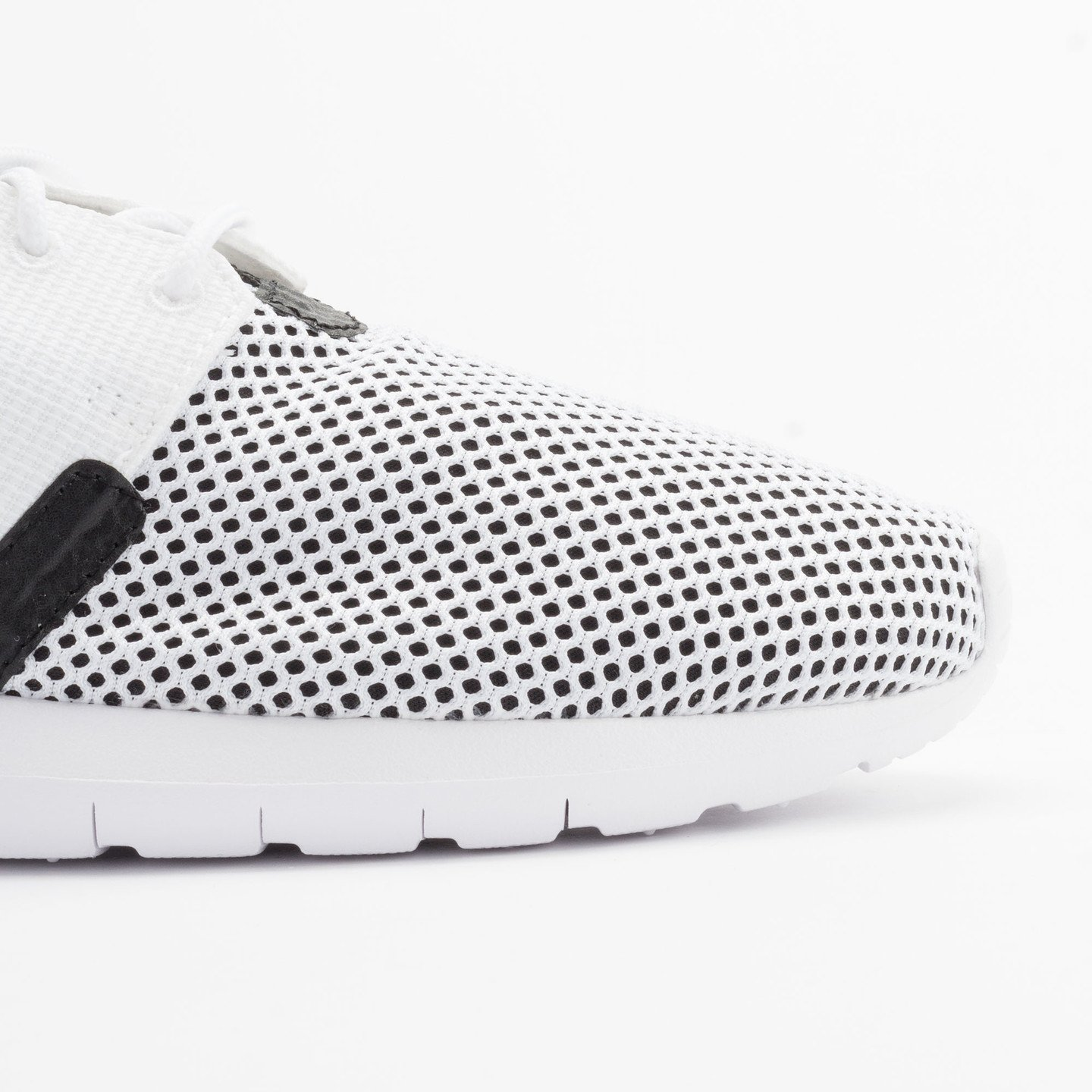 Nike Rosherun NM BR White/White-Black-Hot Lava 644425-100-44