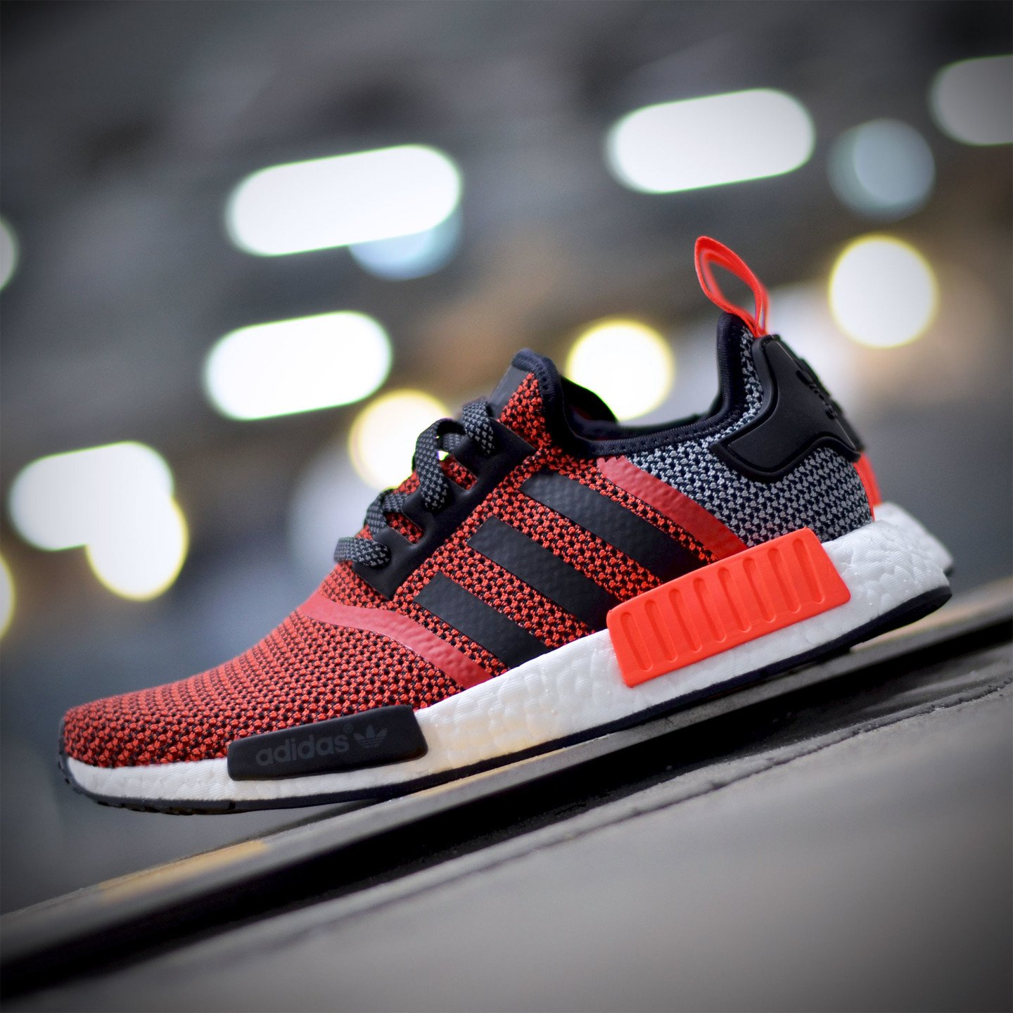 Adidas NMD R1 Runner Lush Red / Core Black S79158-42
