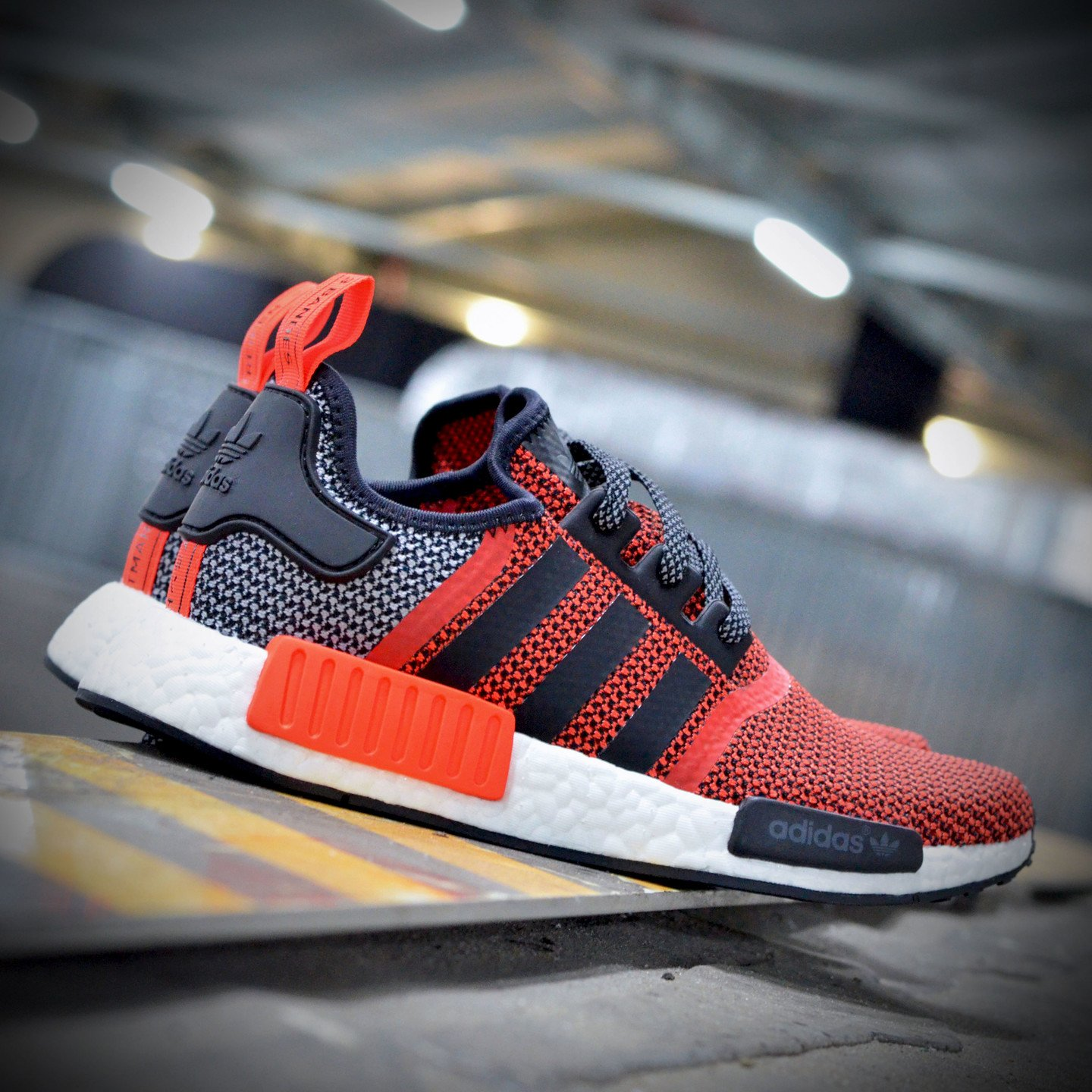 Adidas NMD R1 Runner Lush Red / Core Black S79158-45.33