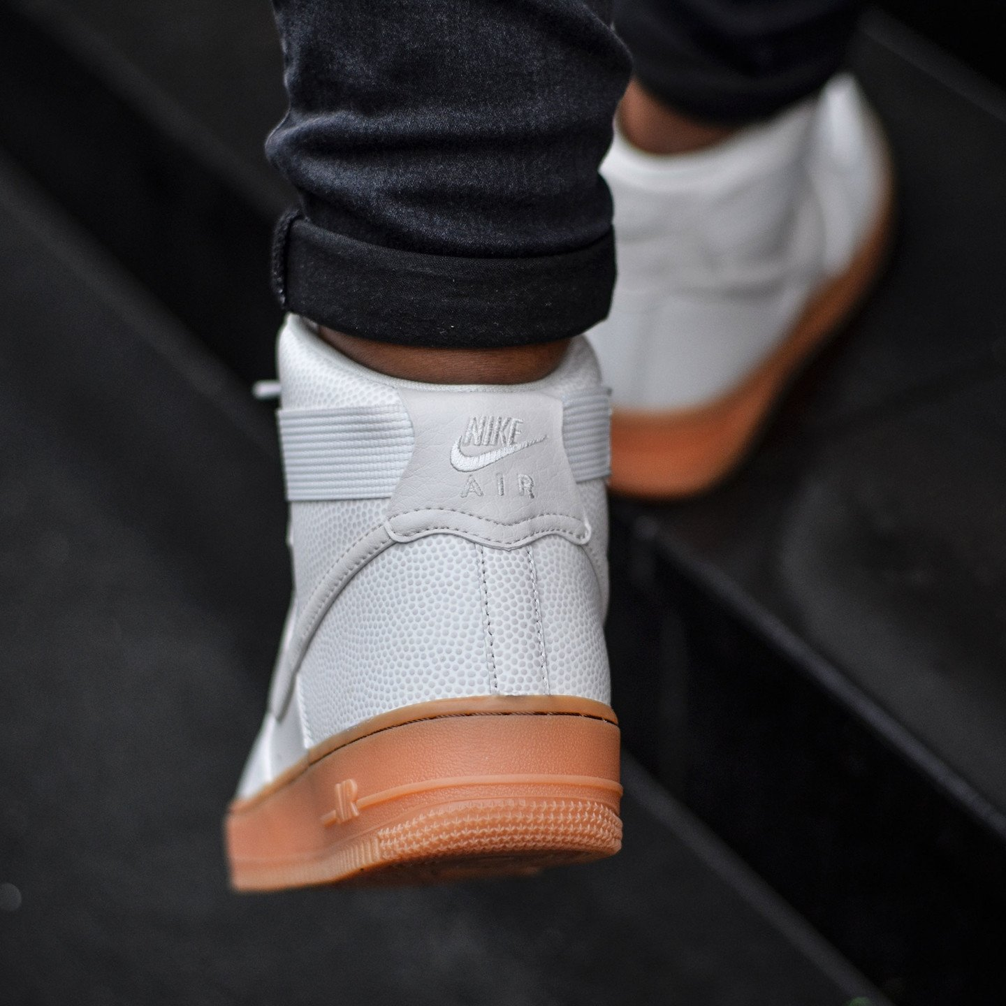 Nike Wmns Air Force 1 Hi SE Phantom 860544-001-39