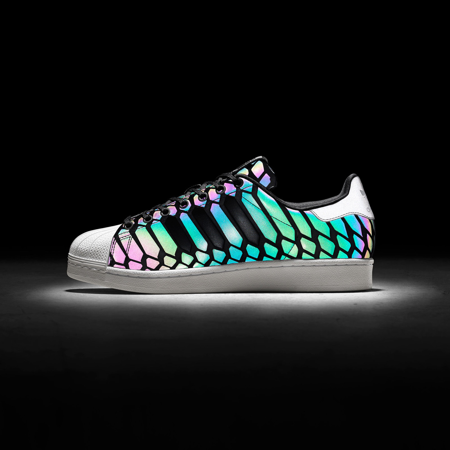 Adidas Superstar Xeno Pack Cblack / Supcol / Ftwwht D69366-40.66