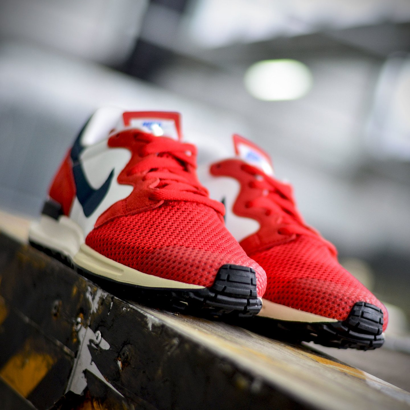 Nike Air Berwuda University Red / Squadron Blue / Summit White 555305-601-45