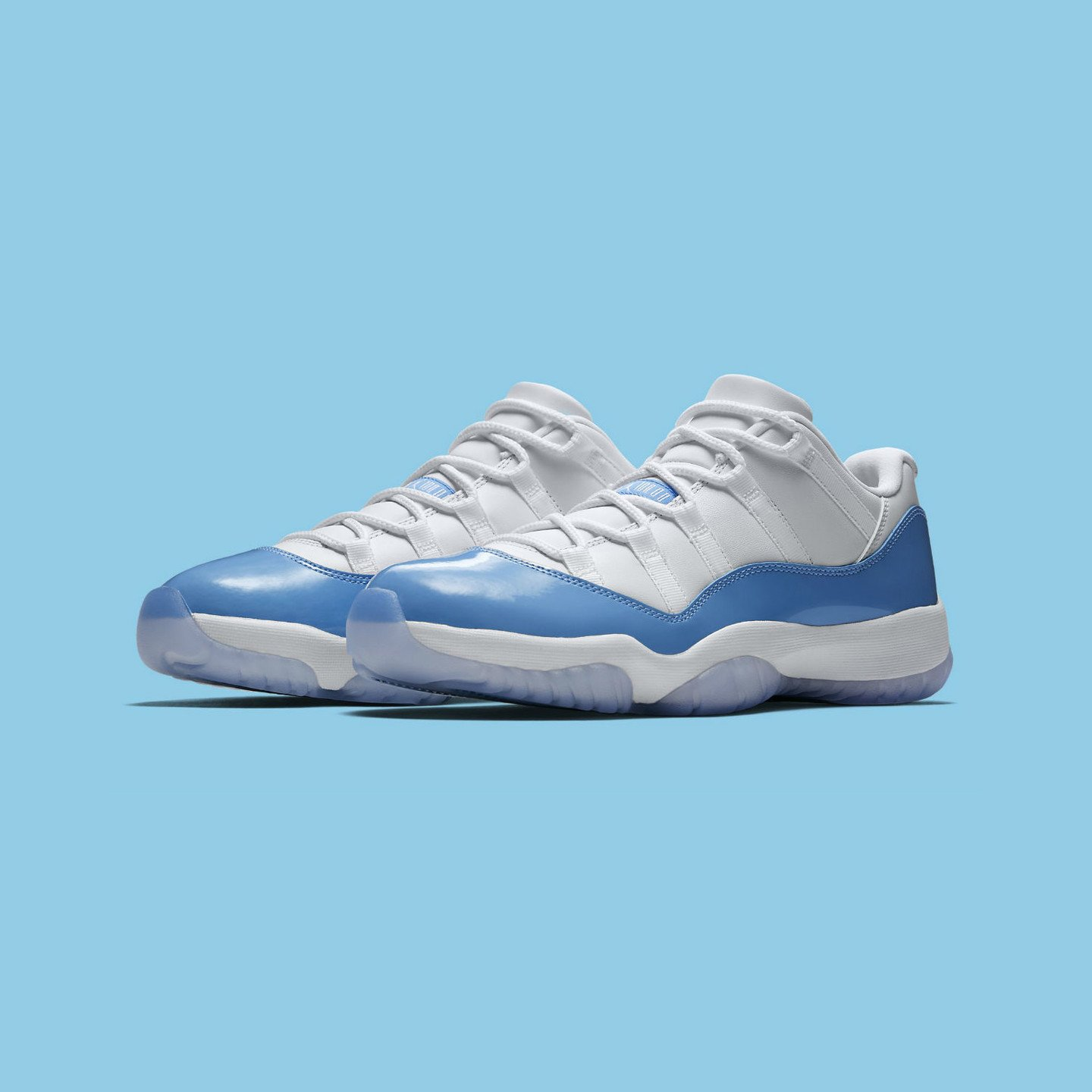 Jordan Air Jordan 11 Retro Low 'UNC' White / University Blue 528895-106-44