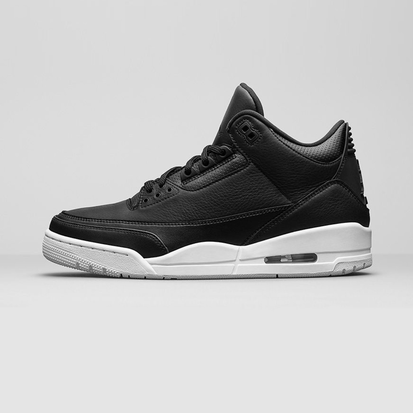 Jordan Air Jordan 3 Retro 'Cyber Monday' Black / White 136064-020-45.5