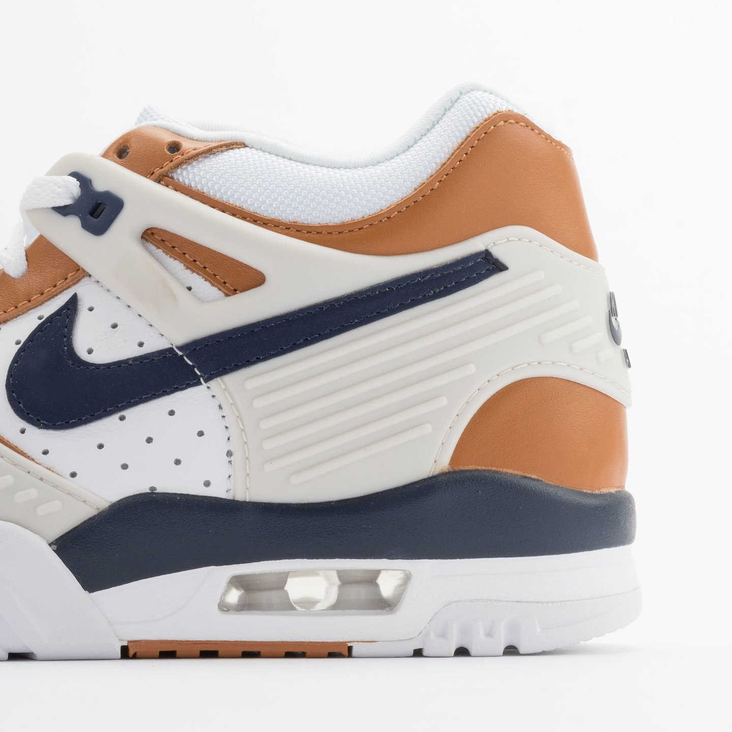 Nike Air Trainer 3 Premium Medicine Ball White/Mid Navy-Gngr-Lght Bn 705425-100-40