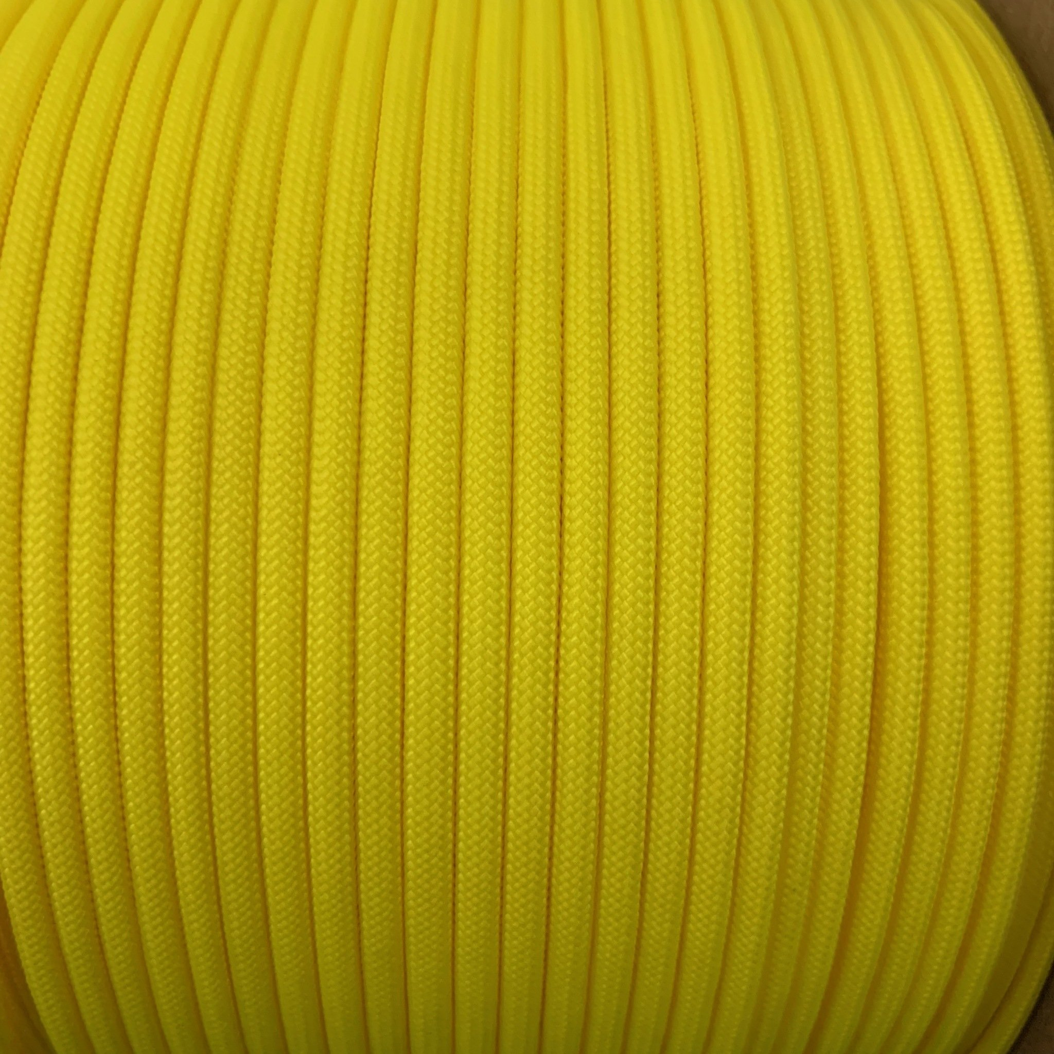 Canary Yellow // Paracord 550 (Typ3)