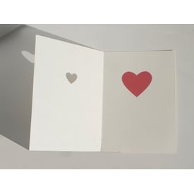 Small heart, big heart – Cut Out Card | Kunstpostkarte | Artikelnummer: cmheart