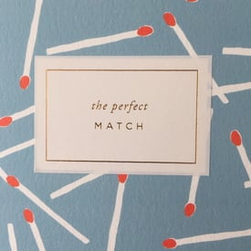 The perfect match – Hochzeitsgratulation / Wedding wishes | Goldgeprägtes Etikett / Gold foil embossed label | Artikelnummer: al2