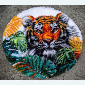 Tiger with Jungle Leaves - knooptapijt Vervaco  | Smyrna tapijt met tijger | Artikelnummer: vvc-187077