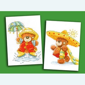 Bolly the Bear - Sun and Rain - set van 2 borduurpakketten met telpatroon Lanarte |  | Artikelnummer: ln-15619-2