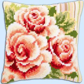 Pink Roses 1 - Vervaco Kruissteekkussen |  | Artikelnummer: vvc-147148