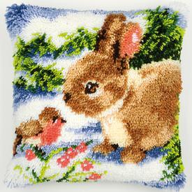 Bunny in the Snow - smyrna kussen Vervaco | Knoopkussen met konijntje | Artikelnummer: vvc-2560-3536