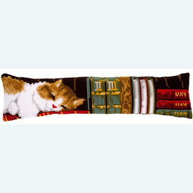 Cat Sleeping on Bookshelf - Vervaco tochthond - kruissteekpakket |  | Artikelnummer: vvc-148238
