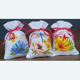 Assortiment kruidenzakjes - Colourful Flowers - Handwerkpakketjes met telpatroon Vervaco |  | Artikelnummer: vvc-185083