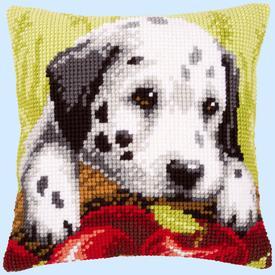 Dalmatian Puppy with Apples - Vervaco Kruissteekkussen |  | Artikelnummer: vvc-145159