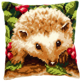Hedgehog with Berries - Vervaco Kruissteekkussen |  | Artikelnummer: vvc-146403