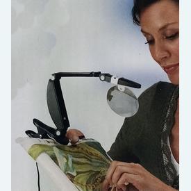 Daylight multifunctionele loeplamp | kan staand of met clip gebruikt worden | Artikelnummer: div-26367