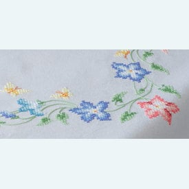 Pink and Blue Flowers theenap - voorgedrukt borduurpakket - Vervaco |  | Artikelnummer: vvc-153985