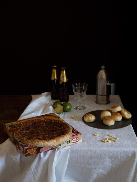 Still Life with Pizza, 2014  | Edition 30 | Artikelnummer: VCO_03_60x45FAL_SR1
