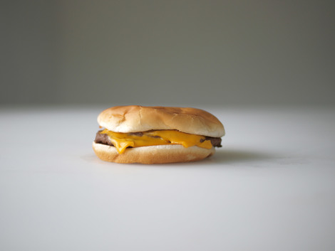 One dollar's worth of double cheeseburger from McDonalds, 2010 | Edition 15+2 AP, Serie: