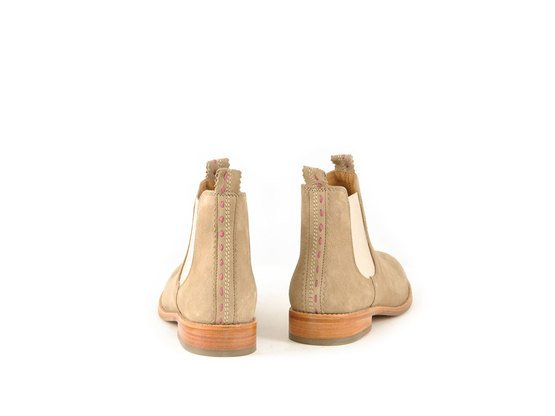 JULIA Sand | Chelsea Boot. Klassisch. Gut. | Artikelnummer: TORRENT10453974_40