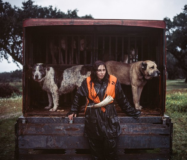 Ana Parreira, tracking dog handler, 2014 | Edition 100, Serie