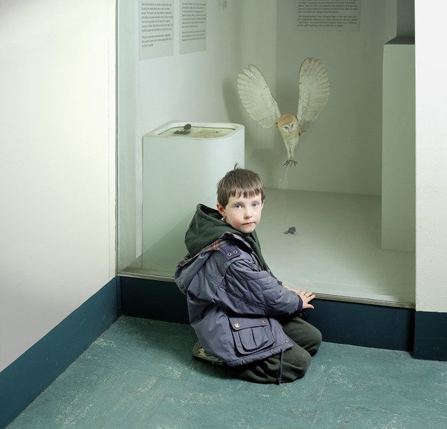 Martin with Owl, Royal Museum of Scotland, 1999 | Edition 20 | Artikelnummer: WMC_02_80x80FAL_SR5