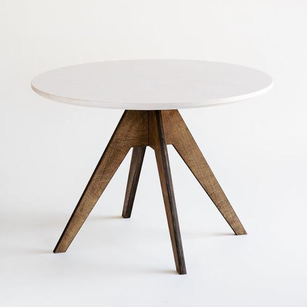 Runde Esstische Aus Holz Im Online Shop Für Nordisches Design