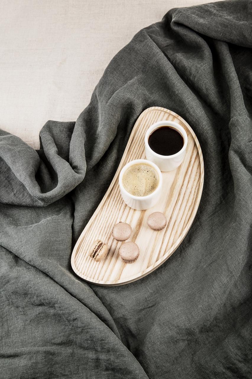 holztablett bean gr e m von namuos. Black Bedroom Furniture Sets. Home Design Ideas
