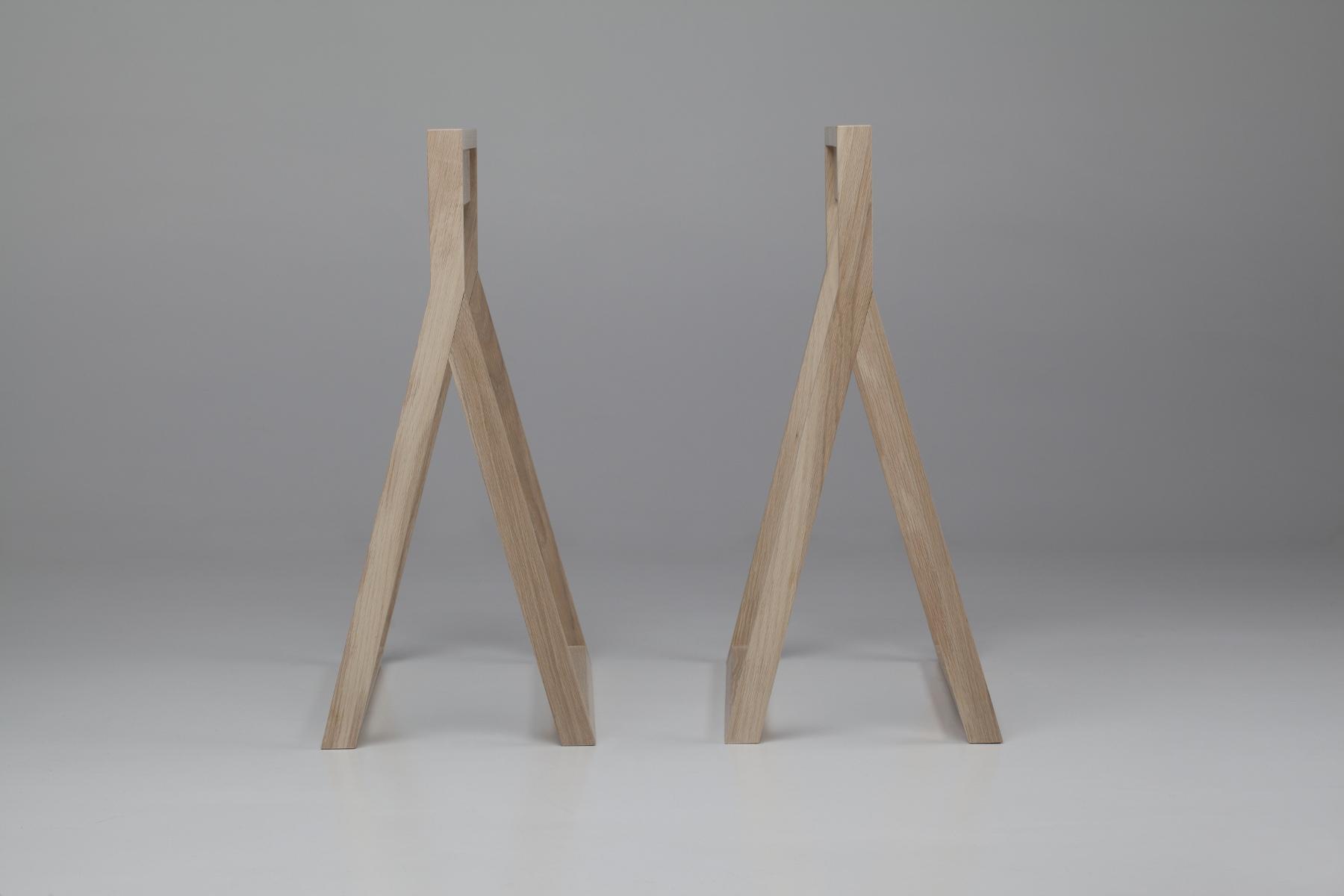 Klappbare Tischbeine aus Holz
