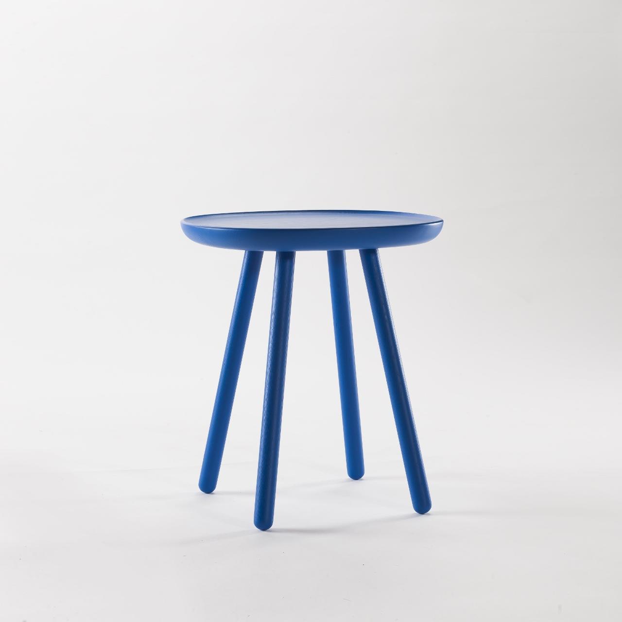 Beistelltisch aus holz blau emko for Beistelltisch design