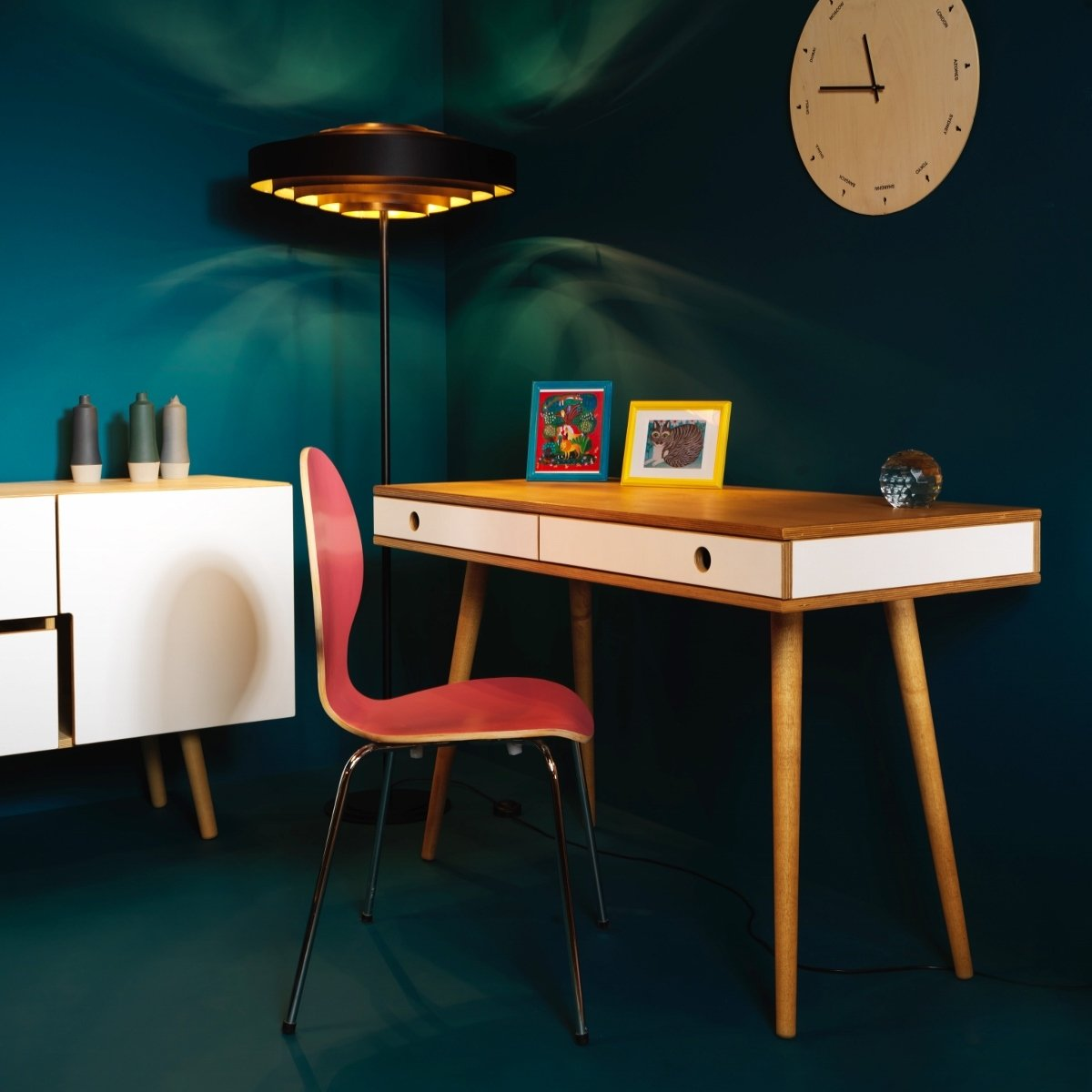Schreibtisch Bürotisch aus Holz - skandinavisches Design