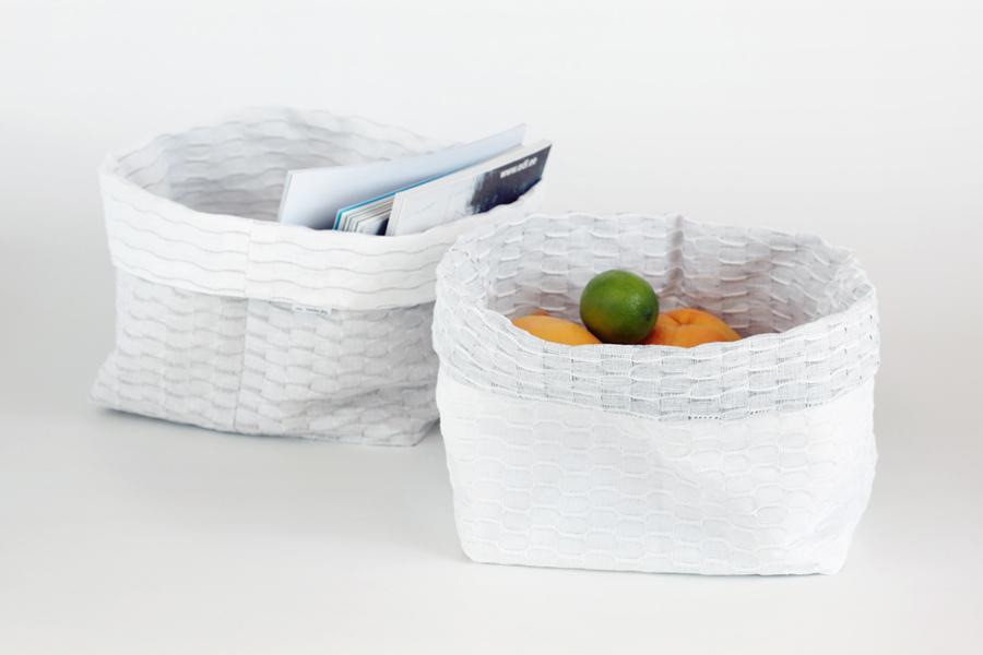 aufbewahrungskorb brotkorb aus leinen in beige wei. Black Bedroom Furniture Sets. Home Design Ideas